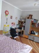 2 кімнатна квартира на вул. Руській