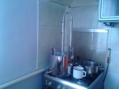 Дистилятор для домашніх напоїв
