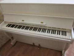 Магазин Елитпиано це продаж бу піаніно в Києві