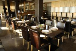 Меблі для кафе і ресторанів на замовлення у Харкові та області
