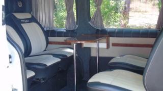 Мікроавтобус на весілля 7 місць OpelVivaro