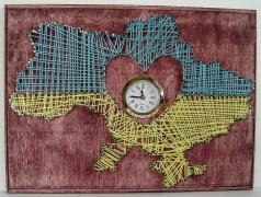 Настінні годинники ручної роботи з дерева