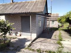 Продам будинок з ділянкою