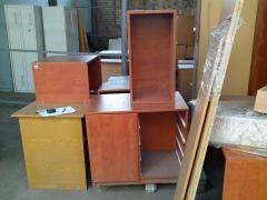 Продається офісні меблі в асортименті. БО