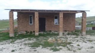 Продаю будинок 8*9 на ділянці 6 сот від власника До Сімферополя 8