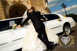 Прокат лімузинів на весілля в Одесі від «Luxury Wedding»
