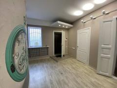 Rent. An autonomous part of a house for an office