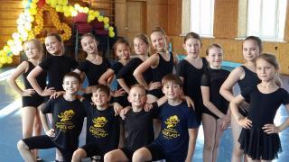 Танці для дітей від 4 років в Києві! Ансамбль Веселад