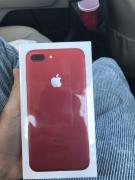 Яблуко iPhone 7с плюс 128gb в червоний колір