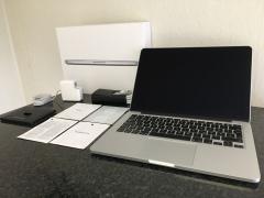 Яблуко MacBook Pro сітківки 15,4 з i7 2.3 ГГц, 8ГБ, 256ГБ